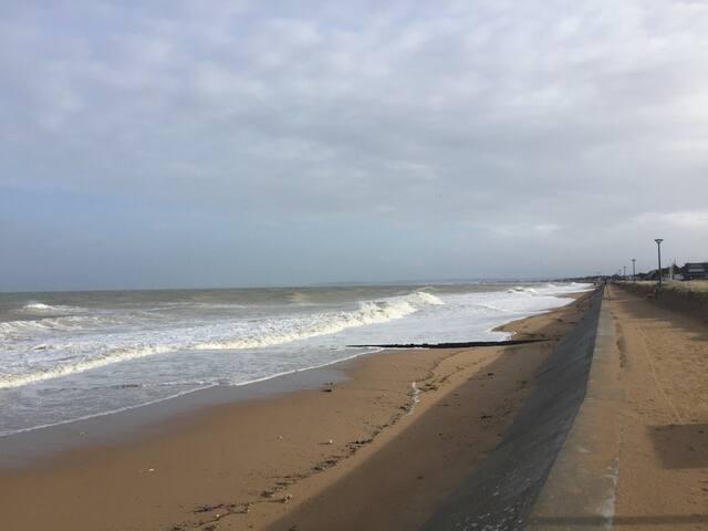 Chambre indépendante à 50 m de la mer
