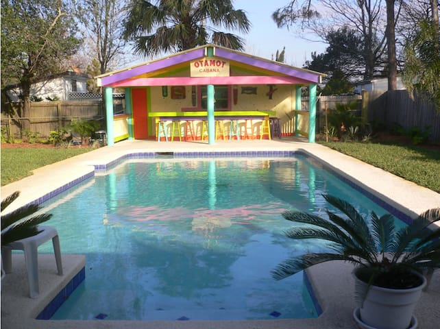 Private house, walking distance from Jax Beach! - Jacksonville Beach - House