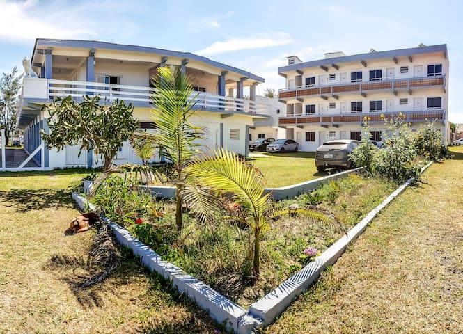 Apartamento vista para o mar 100m da praia
