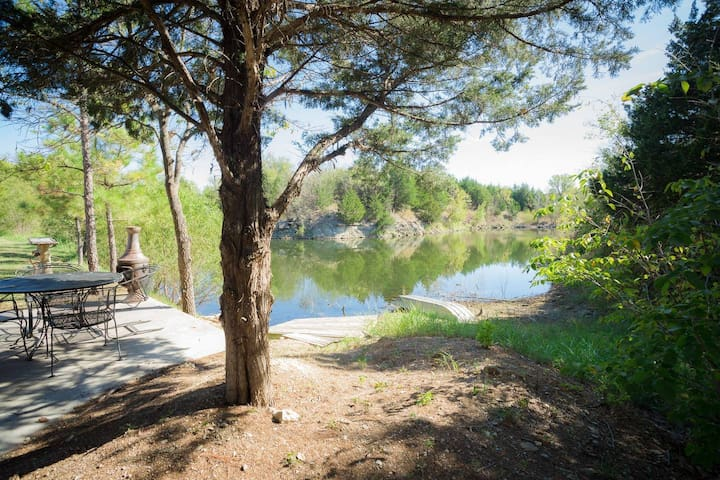 Meadowlake Ranch B&B - Cabin 2 (Sir Paul's)