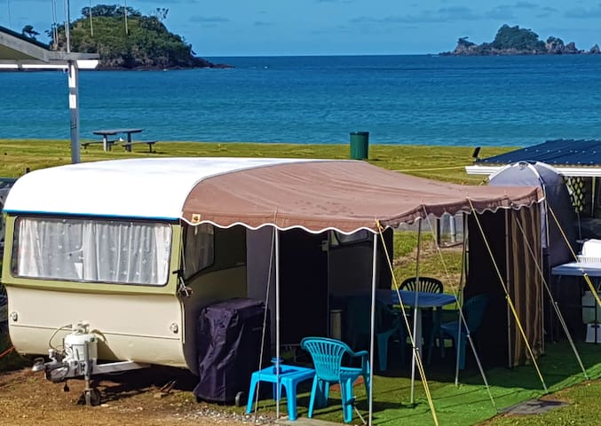 "OAKURA BEACHFRONT - ""RETRO CARAVAN"""
