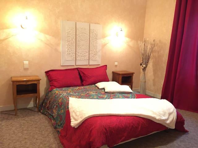 Domaine de Lascaux - Room 1 Double Bed