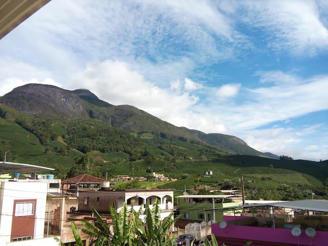 Casa Serra Monte