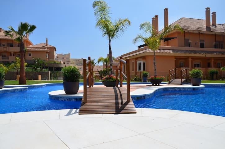 Luxury Apartment Near Puerto Banus - Marbella - Appartement