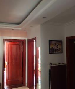 精装修居家房,两室一厅,交通便利 - Yangzhou