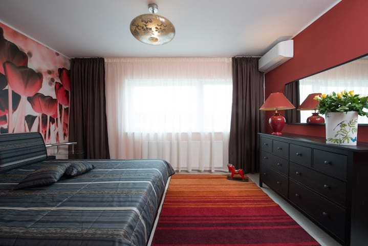Great place near the airport V. Havel Prague 140m2