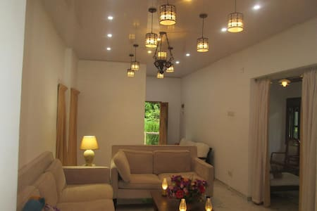 Liana's Private Villa next to Tangalle Beach - Tangalle