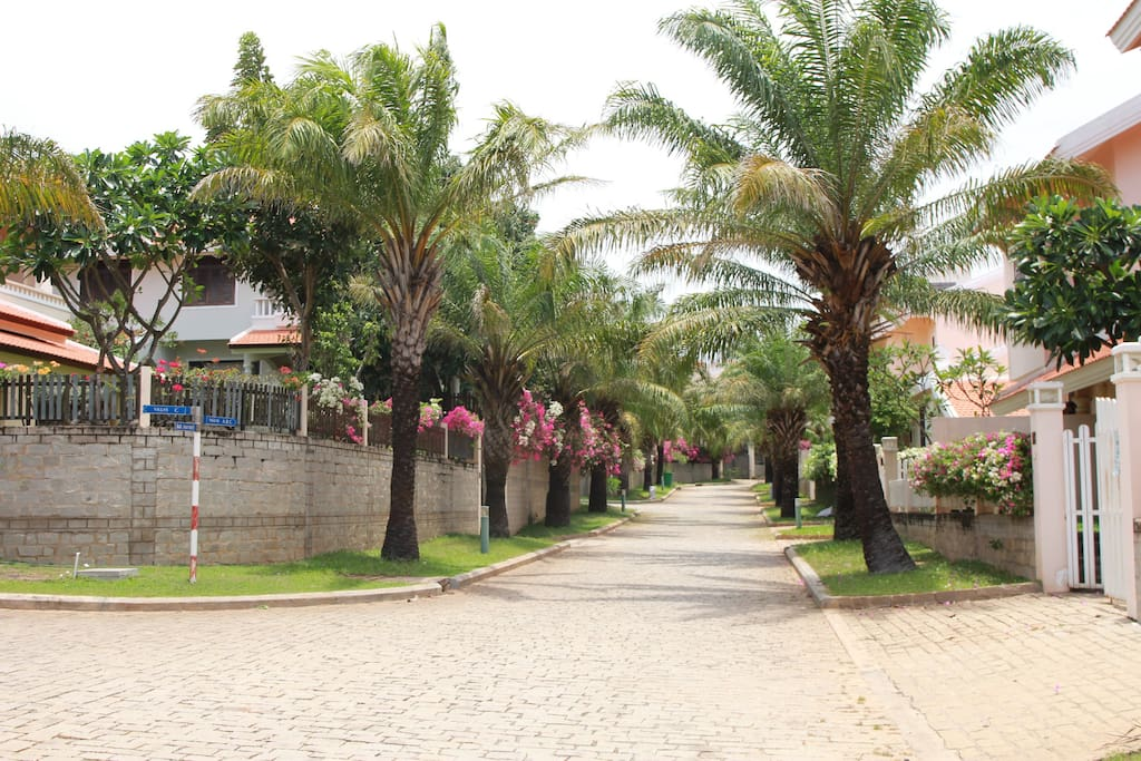 Walking on this inner road of the compound, you should see our property on the right.