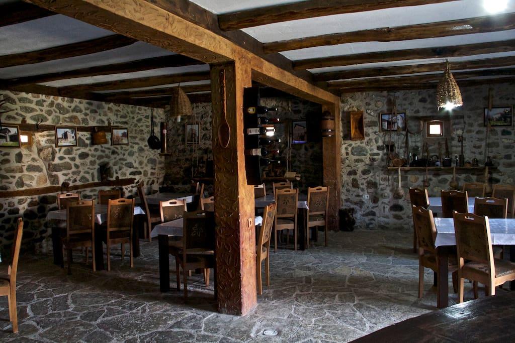 Restaurant in the ground-flour