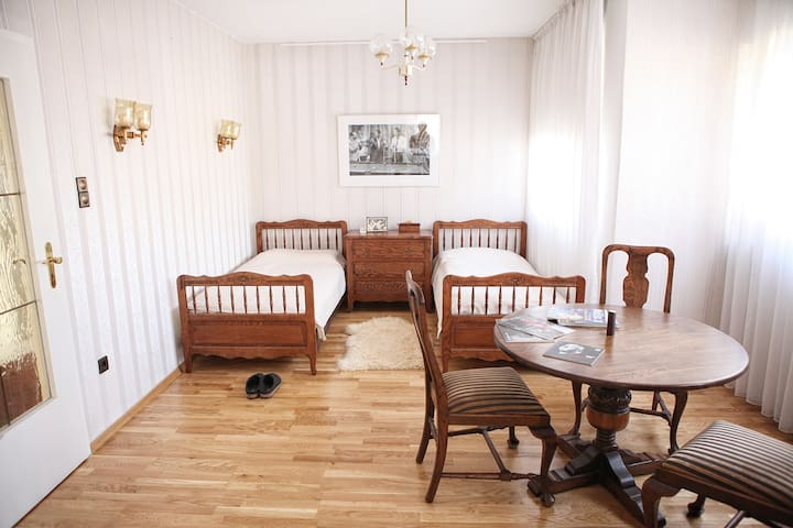 Cozy Room CEBIT,Messe Uni City 20qm - Hanover - House