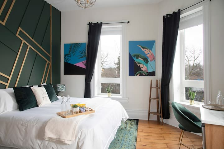 Boutique Stay in Charming Port Dalhousie - Room P
