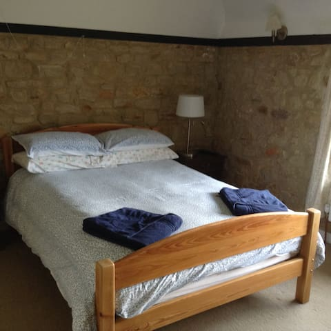 Ensuite double bed & single bed. Great views