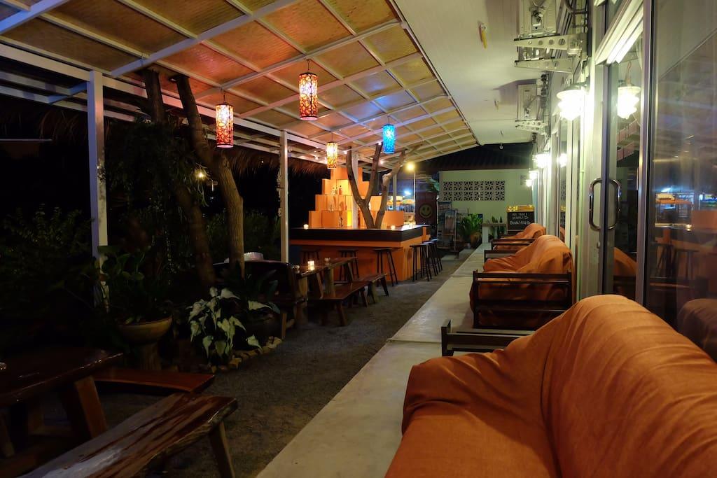 Exterior of Smile Hostel Koh Phangan