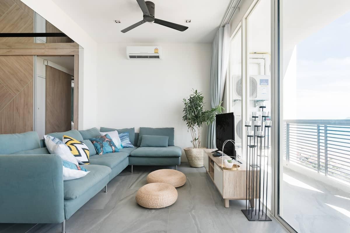 Three Bedroom Sea View / High Floor/ Veranda Residence
