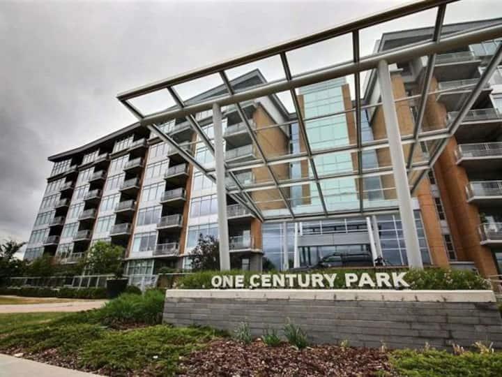 Century Park 2 Bed 2 Bath Luxury Suite
