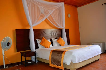 Quiet, 20 minutes from the Airport - Nairobi - Bed & Breakfast
