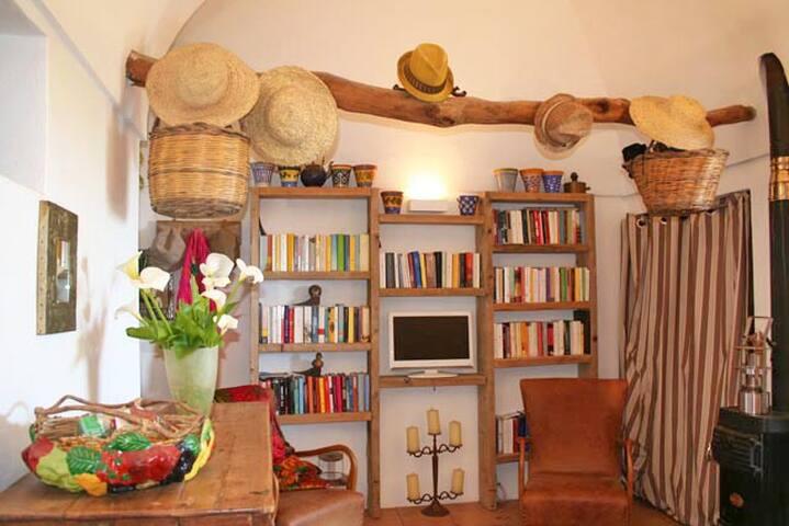 Titta Bedroom