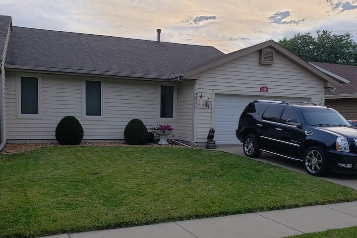 Quiet, Private, Attached Garage, Clean, & Spacious