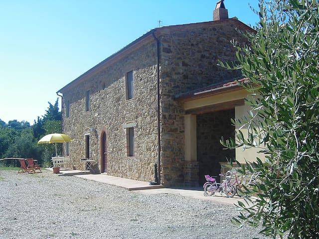 tipico casale toscano  in pietra - Scarlino - Villa