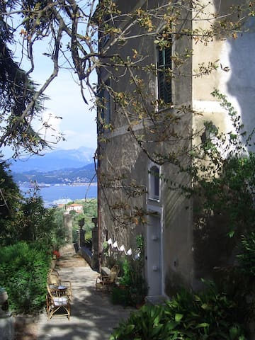 """Villa Federici view over the sea""  nr. 1"