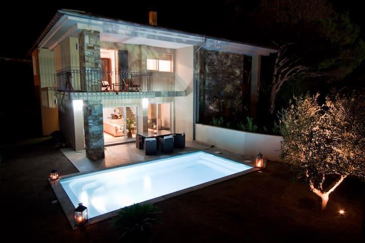 Beautiful modern villa in Erbalunga