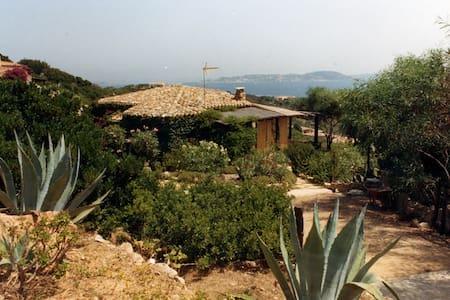 Sardinia valle dell'erica 3 bedroom - Santa Teresa Gallura - Hus