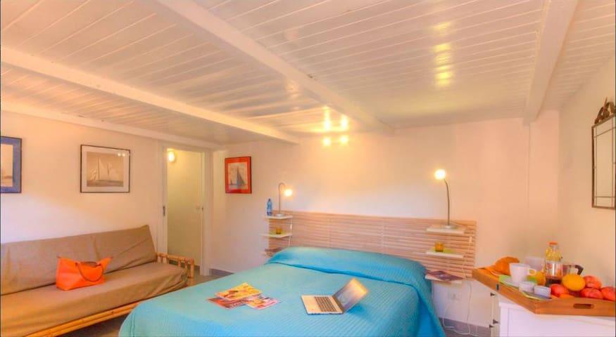 Bedroom 4-Dependence
