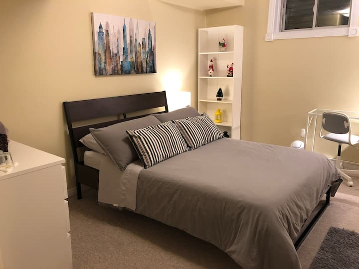 Minimalist and comfortable space!