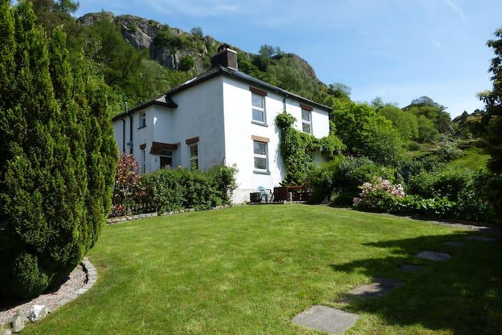 Castle Rock Cottage