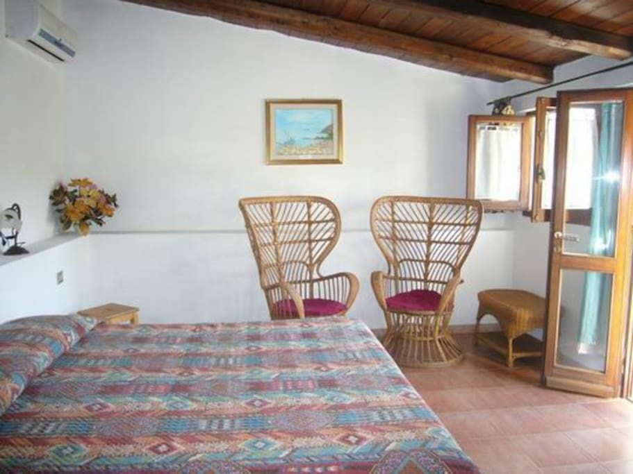 In campagna a due passi dal mare chambres d 39 h tes for Chambre d hote sardaigne