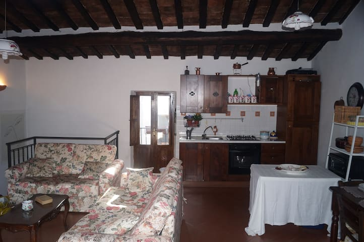 Lovely apartment close to Tivoli - Pisoniano