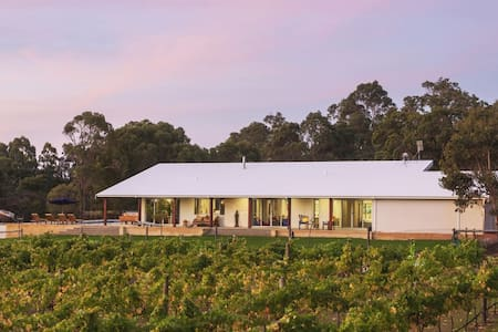 81 Estate, South West Rural Retreat, Yallingup, WA - Yallingup Siding