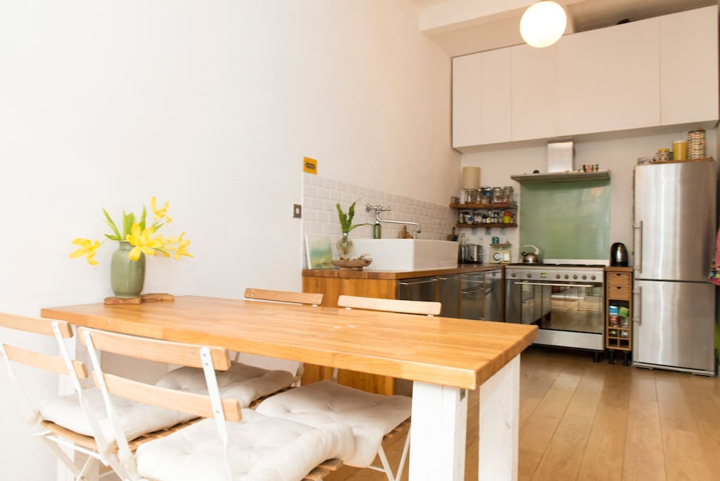 Dining are and kitchen