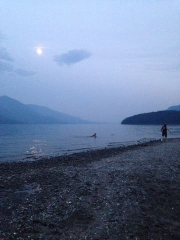 Kootenay lake vacation rental - Kaslo