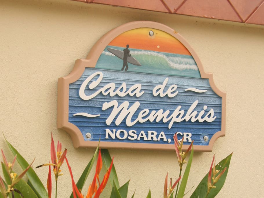 "Like the sign on the gate says ""Casa de Memphis I"". Remember that there is a Casa de Memphis II just around the corner."