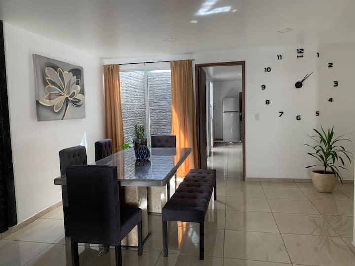 Hermosa casa Nueva a 1min de Explanada Puebla