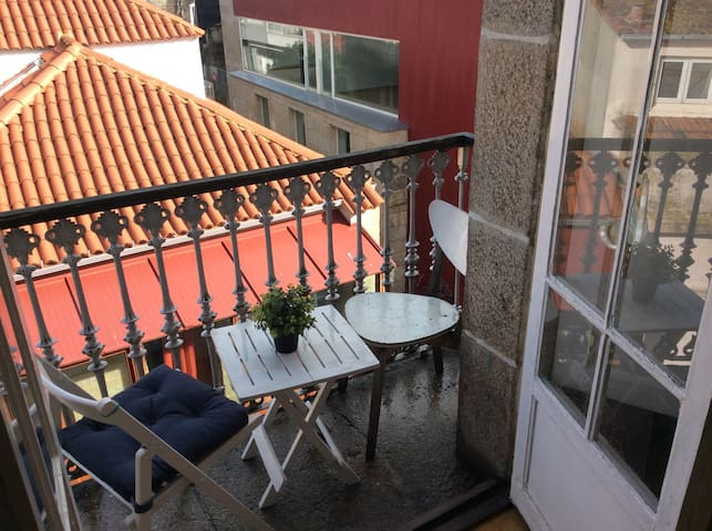 in historical CENTRE - Bright & Romantic Seaview - Vigo - Leilighet
