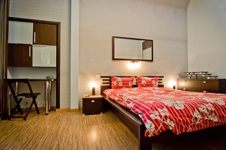 Ultra Modern Jacuzzi Lux 1 Bedroom - Kiev