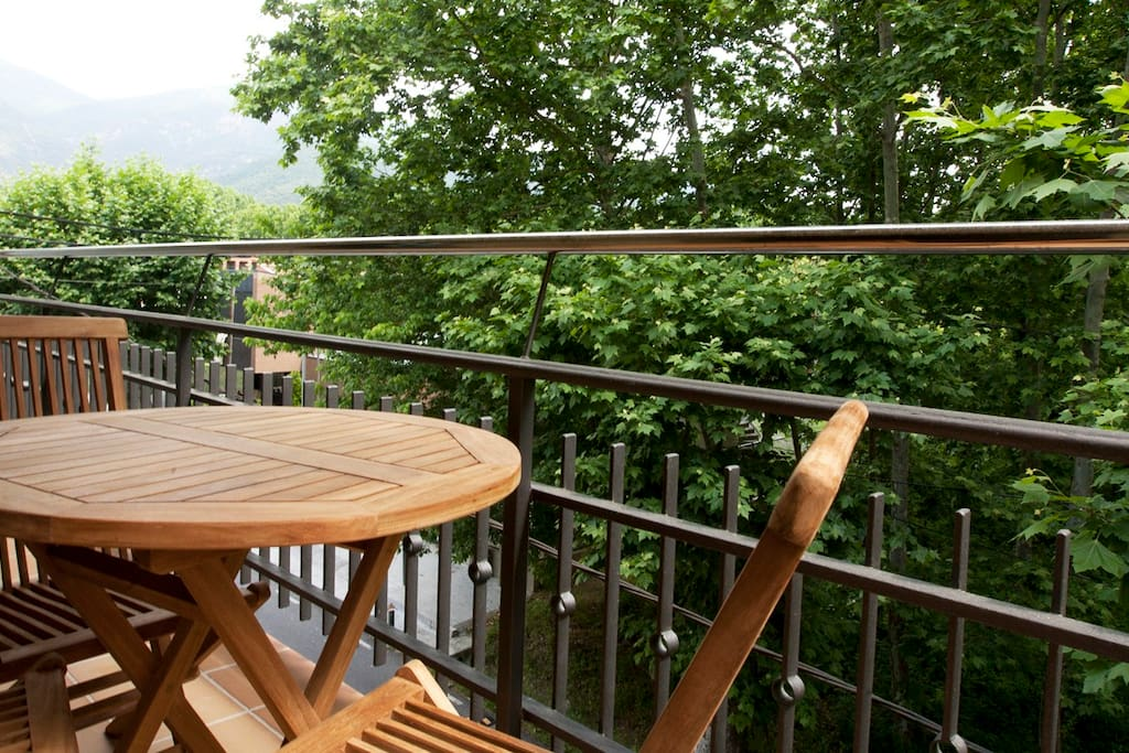 Salida a terraza con vistas des de las 2 habitaciones dobles