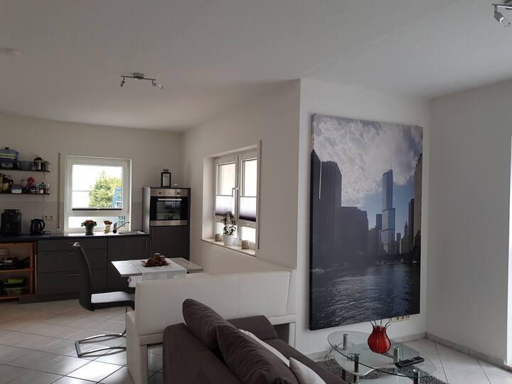 Gemütliche Wohnung mit privater Terrasse!