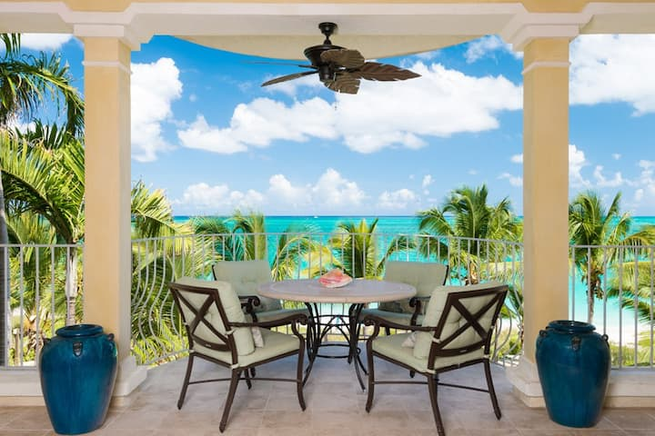 Villa 306 I 2 BR Luxury Vacation Rental in the Heart of Grace Bay
