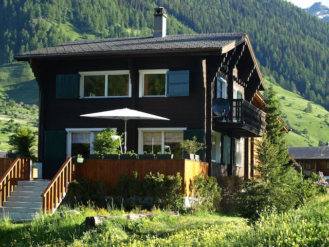 Lovely Chalet in the Swiss Alps ! - Reckingen-Gluringen - Leilighet