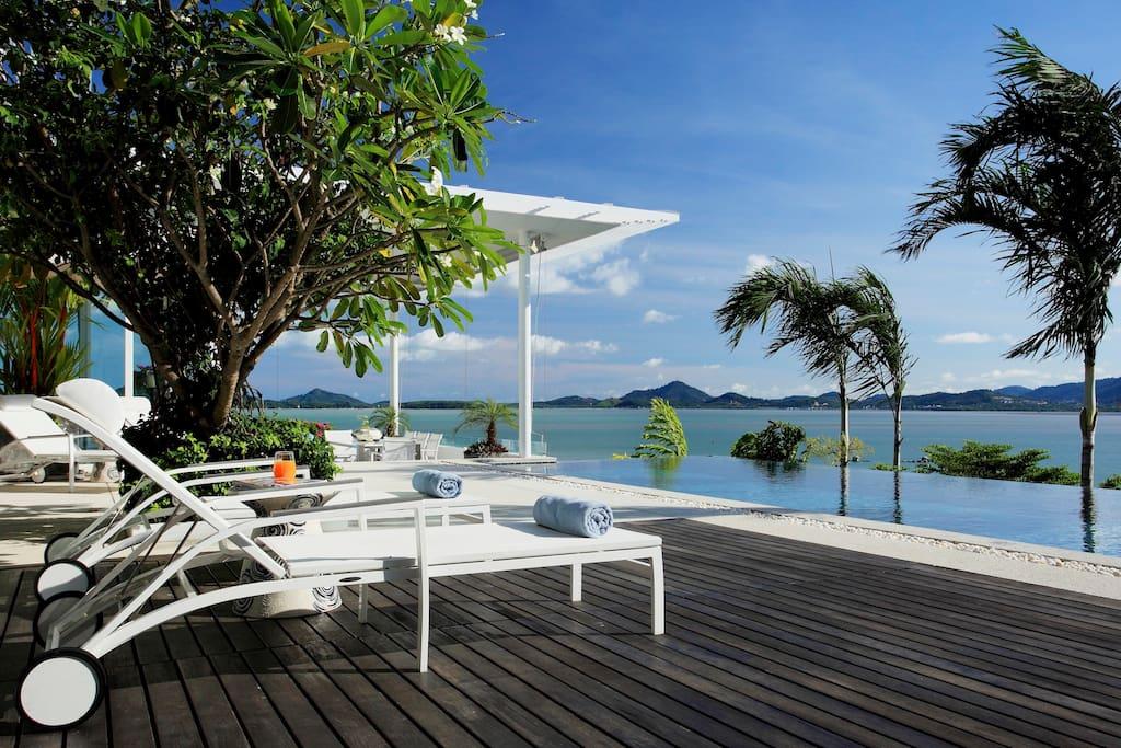 Villa Kalipay Phuket - Swimming Pool and Sea View from Pool Deck