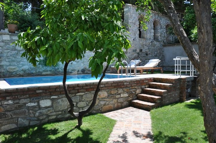 Goldsmith House Oustanding beautiful property - Selçuk - Casa