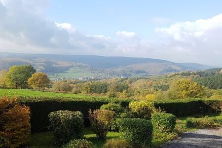 Ardennen, prachtig huis met ongelooflijk panorama!