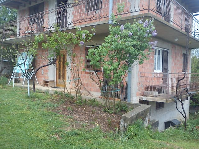 HOUSE IN VILAGE - PURE NATURE - Sinj - House