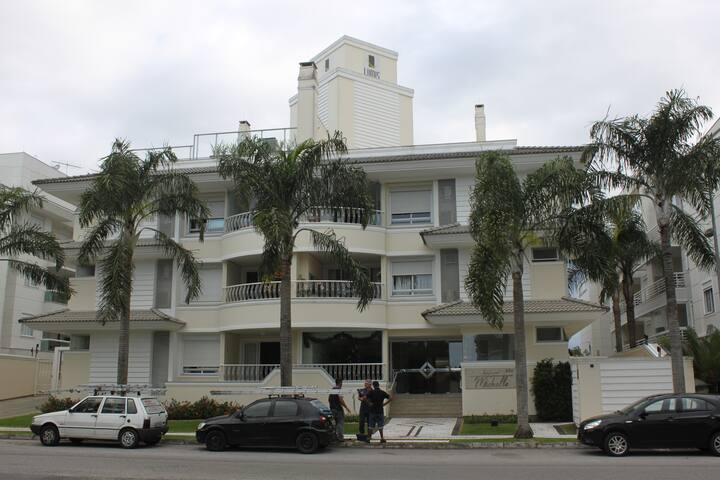 Ótimo Apartamento em Jurerê Internacional - Florianópolis - Pis