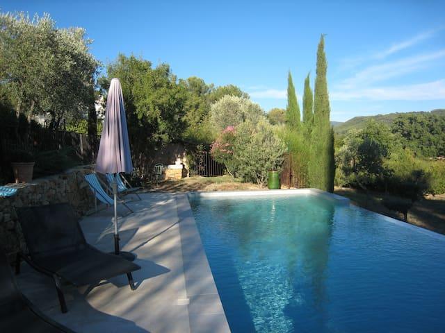 Studio dans les vignes, proche mer - La Cadière-d'Azur - Huis
