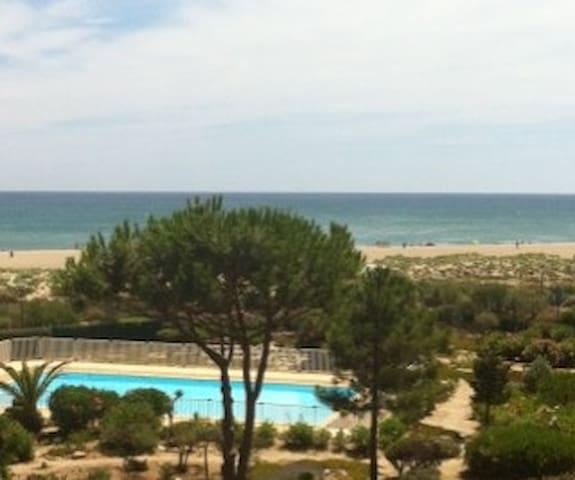 T2 vue sur Mer + piscine