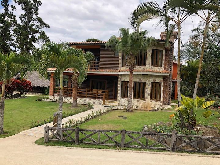 Villa Cereza Jarabacoa RD Rancho Las Guazaras DR